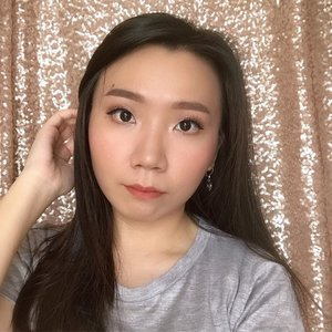Make up hasil tutorial sebelumnya 😊 Buat yg belum liat, langsung cek previous post ya 💛 . #indonesianbeautyblogger #beautybloggerindonesia #lucyliublog #beautiesquad #kbbvmember #sociollabloggernetwork #beautyblogger #clozetteid #charisceleb #bunnyneedsmakeup #undiscoveredmuas  #bloggermafia #beautiesquad #beautybloggerid #bvloggerid #ivgbeauty #bloggerceria #sbybeautyblogger #beautychanellid #indobeautysquad #setterspace #beautygoersid #beautynesiamember #bloggerperempuan #femalebloggers