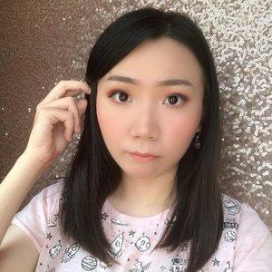 Ngecek galeri, nemu foto selfie dgn rambut segini. Selesai quarantine, langsung hair cut gini lagi, fix banget ☺️ . Iya, ujung false lashes nya kurang nempel 😉 . Btw, Ada yg udah ga betah juga pengen haircut ? 😅 .  #indonesiabeautyblogger #beautybloggerindonesia #lucyliublog #beautiesquad #kbbvmember #sociollabloggernetwork #beautyblogger #clozetteid #charisceleb #bunnyneedsmakeup #undiscoveredmuas  #bloggermafia #beautiesquad #beautybloggerid #bvloggerid #ivgbeauty #bloggerceria #sbybeautyblogger #beautychanellid #indobeautysquad #setterspace #beautygoersid #beautynesiamember #bloggerperempuan #femalebloggers #itsbeautycommunity #beautyranger #beautybloggersamarinda #bloggersamarinda #beautyzoneborneo