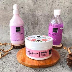 My current favorite body care @scarlett_whitening 🧡 . First impression, ketiga produk ini wangi banget 🥰 Ketiga produk ini di klaim bisa mencerahkan kulit lho. Ngefek gak ? Langsung liat full reviewnya di blog y, langsung klik link di bio 😊🧡 . #scarlettwhitening #lemoninfluencer  #indonesiabeautyblogger #beautybloggerindonesia #lucyliublog #beautiesquad #kbbvmember #sociollabloggernetwork #beautyblogger #clozetteid #charisceleb #bunnyneedsmakeup #lemoninfluencer  #bloggermafia #beautiesquad #beautybloggerid #bvloggerid #ivgbeauty #bloggerceria #sbybeautyblogger #beautychanellid #indobeautysquad #setterspace #beautygoersid #beautynesiamember #itsbeautycommunity #beautyranger #beautybloggersamarinda #bloggersamarinda #beautyzoneborneo #lemonsquad