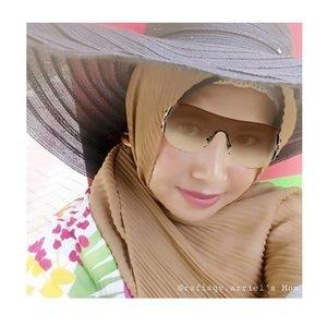 Make up OOTD simple ala-ala inititis..heee....#naturallook #naturalmakeup #clozetteid #OOTD #makeup #style #hijabstyle #OOTDinititis #hijabdaily #fashion #lfl💛 #hijabers #s3l11oktober #hijabstyle #hijabootd #likeforlike
