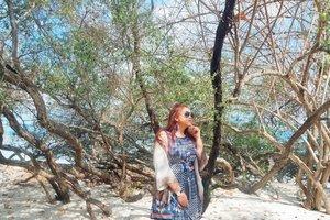 Butuh liburan dan juga hiburan😩 . . . . . . . . . . #khansamandatraveldiary #khansamanda #clozetteid #clozetteambassador #beautynesiamember #travel #lombok #gilitrawangan #giliisland #beautifuldestinations #explorelombok #exploreindonesia #travelblogger #beautyblogger #youtuber #youtuberindonesia  #plussize #beach #indonesia #plussizemodel #backpacker #plussizeindonesia #bigsizeindonesia #ootdbigsize #ootdplussize #likeforlike