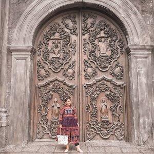 Bukan iklan baju tapi banyak banget yg nanyain baju gue pas gue ke Philippines.. ini baju produk india yg suka gue jastipin di @khanaroundtheworld bagusss khaaaann wkwkwkw . . . . . . . #khansamanda #Philippines #manila #wonderful #beautifuldestinations  #khansamandatraveldiary #travel #travelphotography #travelblogger #indonesiatravelblogger #travelgram #womantraveler #travelguide #travelinfluencer #travelling #wonderful_places #indtravel #indotravellers #exploreindonesia #bestplacetogo #seetheworld #solotravel #clozetteid #sanagustinchurch