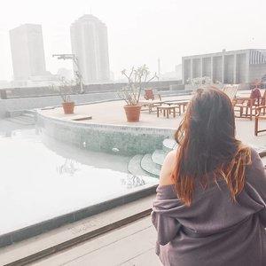Chillaxxx😎 . . . #khansamanda #khansamandatraveldiary #clozetteid #wonderful #beautifuldestinations #travel #travelphotography #travelblogger #indonesiatravelblogger #travelgram #womantraveler #travelguide #travelinfluencer #travelling #wonderful_places #indtravel #indotravellers #bestplacetogo #seetheworld #solotravel #ootdplussize #ootdbigsize #plussizeindonesia #plussizefashion