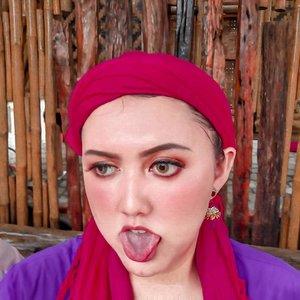 Merah banget tu pipi kaya abis di gamparin 1 RT wkwkwkwk 😂 . . . . . . . #khansamanda #curvygirl #bigsizeindonesia #ootdplussize #ootdbigsize #plussizeindonesia #plussizemodel #bigsizemodel #clozetteid #plussizefashion #bigsizefashion #khansamandatraveldiary #makeup