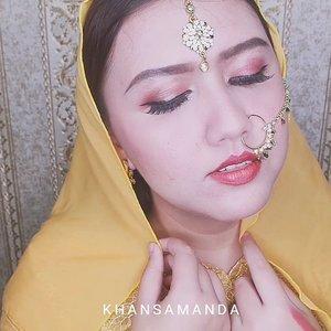 Jadi ini dia mini tutorial dari indian look yg kemarin gue post geng... 💕💕 semua pakai @purbasari_indonesia ! sesimple itu bikinnya hehehe.. 💕💕💕 #indobeautysquad #khansamanda #clozetteid #bloggermafia #bollywoodmakeup #indian #indianmakeup #pakistanimakeup #pakistanistreetstyle #eotd #slave2beauty #dipbrow #motd #makeupaddict #makeupjunkie #deepikapadukone #arabicmakeup #middleeast #bollywood #dulhandiaries #makeuplook #hudabeauty #ibsxpurbasari #xmakeuptutsx #makeupslaves #beautytutorial  @indobeautysquad #indobeautysquad  @beautychannel.id #beautychannelid  @bloggermafia #bloggermafia  @tampilcantik #tampilcantik