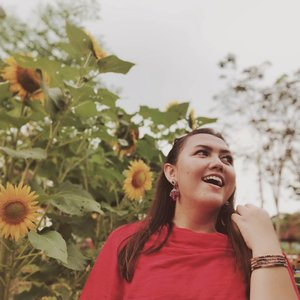 Lagi mencoba feed warna coklat.. Ngeliat feed org kaya bagus gitu.  Kok pas gue coba, gue ga sreg yaa wkwkwkwk . . . . . . . #khansamanda  #wonderful #beautifuldestinations  #khansamandatraveldiary #travel  #travelphotography #travelblogger #indonesiatravelblogger #travelgram #womantraveler #travelguide #travelinfluencer #travelling  #wonderful_places #indtravel #indotravellers  #bestplacetogo #seetheworld #solotravel  #clozetteid