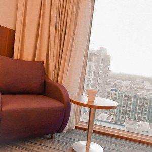 Kupikir kamu suka, tapi ternyata tidak. Jadi aku tidak mau lagi berfikir, nanti akan ku tanyakan langsung saja kepadamu. Apa yang kamu suka? ☕-#clozetteid #clozette #view #staycation #hotel #hoteldijakarta