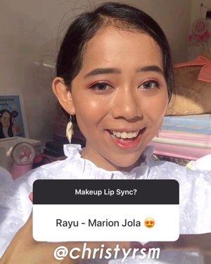 Pertama kalinya bikin makeup lip sync nih! Maafin kalau masih kurang bagus—namanya juga pemula :') kalian suka gak? Kalau suka, nanti aku bikin #makeuplipsync yang lainnya. 🥺Lagu pertama aku pilih Rayu - @lalamarionmj. Terngiang-ngiang habis liat di TikTok. 😂Walaupun aku gak tunjukin produk di videonya, tenang aku tetep kasih list produk yang aku pake kok:🕊 @mybeautystoryid Primer🕊 @revlonid Foundation Photoready (340🕊 @lakmemakeup Skin Brightening Compact (Medium)🕊 @etudeofficial Lavender Land Eyeshadow🕊 @essau.beaute Eyebrow (Brown)🕊 @gobancosmetics Eyeliner🕊 @byscosmetics_id Blush On Trio🕊 @thebalmid Liquid Highlighter🕊 @salsacosmetic Dynamatte (02&06)#ivgbeauty #clozetteid #sociolla #indobeautyvlogger #indovidgram #tutorialmakeup #lipsyncwithhanum #marionjola #wakeupandmakeup #undertheradar_makeup #tampilcantik #cchannelbeautyid #duetrayusamamarion #makeupnatural #makeupphotoshoot