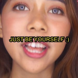 """Teruntuk kamu yang masih belum percaya diri, just be yourself! :))•Hey girls, go to the mirror, then what do you see? Yes, it's beautiful you.•Sorry for submitting this video very close to the deadline but I really want to spread this message to women all over the world. 😉•Looking back to 2016, I was in my first year of my college. I see one youtube video from kak @kiaraleswara doing her makeup. At that time, I even didn't know about how to do makeup thing but she really inspired me to  learn more about makeup. Not only for being beautiful but also for inspiring others through the content she's made. It's really inspiring me to be Christy Raina, an ordinary girl that trying to be an inspiring girl through her content. 😊•The reason why I want to join #kiaraxmaybellineindonesia is because I want to make one of my dreams since I was a kid comes true, yes it is """"masuk TV"""" hehe, especially with one of my favorite makeup brand, @maybelline 💛 Having one frame with other inspiring people is also the plus point. Hopefully this will be a milestone in achieving other dreams. I've done my best and let God do the rest! 🌈✨•#kiaraxmaybellineindonesia #maybellineindonesia #clozetteid"""