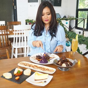 The place is really cozy and unique.I like it so much for the interior design, that was so brilliant.Complete with the perfect dishes serve on my plate!All the fresh food with the best ingredients only.@GASTROMAQUIA @clozetteid#clozetteidxgastromaquia #gastromaquia #gastromaquiajkt #senopati # christmasdinnerjkt #christmassetmenu #jktfoodies #spanishrestaurant #kulinersenopati #kulinerjakarta #Clozetteid #ClozetteidReview #gastromaquiaxclozetteidreview#selfie #selca #instagood #likeforlike #like4like #tagsforlikes #instalike #instadaily #foodporn #foodgasm #bloggerindo