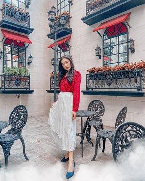 DIRGAHAYU INDONESIA KU, Jaya lah dan damailah 🇮🇩🇮🇩Hanya bisa berdoa dan berharap semoga menjadi negara yang lebih maju lagi 😇........#clozetteid #dirgahayuindonesia #merahputih #merdeka #fashion #ootd