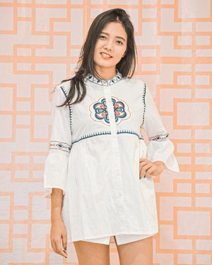 Do one thing every day that makes you HAPPY 😊 - Happy weekend ...........#clozetteid #ootdfashion #ootd #white #fashion #weekend #candid #batak #whatiwore #nice #blogger #style