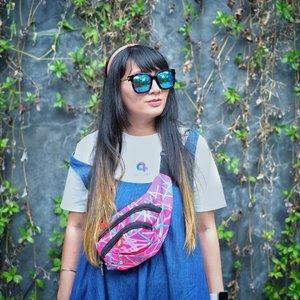 Di @villaamandsini ternyata cukup banyak spot foto. Kalau ke sini coba bawa baju agak banyakan supaya ada stock foto. . Di #IDAlephSummit kemaren jadi belajar banyak banget tentang leadership. I'm proud to be part of @aleph_labs and @worldofxion. ❤️ . 📸 by @t.ff.y . . . #ilovemyjob #lovemyoffice #communitymanagement #clozetteID #dailyphoto #fashion #swag