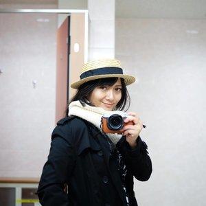 Mandatory selfie di toilet kosong 😎😎😎 . . . #clozetteID #travel #traveling #travelgram #instatravel #travelphoto #cKtrip #chikastufftrip #cKjapantrip #japantrip #japan #shiroishizao #toilet #selfie #celfie #fashion #autumn