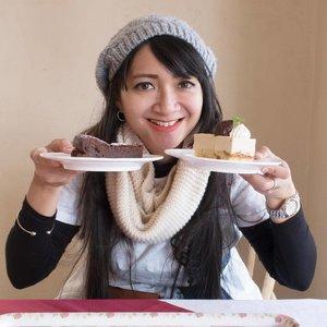 """Chika sih makannya dikit, ngemilnya yang banyak."" - pengakuan seorang blogger yang bercita-cita turun 10 kg. . 📸 by @puriichan . . . #food #foodie #foodies #foodstagram #instafood #dailyfood #foodforthought #foodlovers #travel #traveling #travelgram #instatravel #travelphoto #cKtrip #chikastufftrip #clozetteID #cKjapantrip #japantrip #japan #kawaguchiko"