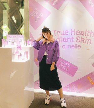Yesterday attending @clinelleid WhitenUp launching 💜 Know more about this product and its benefit + review on #bigdreamerblog 🤗 #clinellewhitenup #thetruehealthyradiantskin . . . #clozetteid #beautyblogger #japobsreview #beautyreview #beautyevent #clinelleid #skincare #skincareroutine #skincare101 #lifestyleblogger #뷰티 #뷰티블로거 #뷰티스타그램 #メイク #コスメ