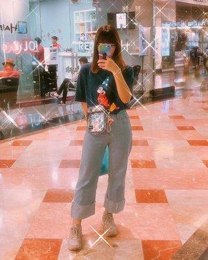 Mengeluarkan stok-stok foto yang belum pernah dipost #japobsOOTD . . . #clozetteid #fashionbloggers #ootdbloggers #styleinspo #outfitinspo #outfitinspiration #koreanstyles #lookbook #bloggerperempuan #kfashion #asiangirls #coordinate #wearjp #패션 #패션스타그램 #오오티디 #오오티디룩 #스트릿패션 #패션스타일 #今日の服 #今日のコーデ #コーデ #ファッション