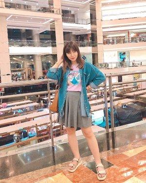 Kalo dibandingin dulu, rasanya sense of style ku menurun deh 😂 TBH skrg entah kenapa males banget mau dress up 😭😭 Rasanya cuma mau kaosan dan kulot2an aja gitu 🤷🏻♀️ #japobsOOTD #lancaiYang fotoin 📸: @ardila_k ...#clozetteid #fashionbloggers #ootdbloggers #styleinspired #styleinspo #outfitinspon #wearjp #coordinate #ootdindo #ootdindokece #outfitoftheday #yatsuraurusei #패션 #패션스타일 #오오티디 #오오티디룩 #패션룩 #스트릿패션 #今日の服 #今日のコーデ #コーデ #ファッション