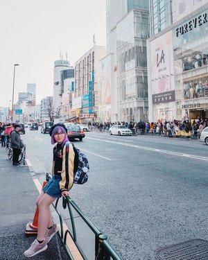 Biar semangat kerjanya 🤮🤮 #BigDreamerInJapan...#clozetteid #travelblogger #japantravel #jnto #jntoid #japanloverme #fashionblogger #ootd #japobsootd #ootdbloggers #travelers #japanlover #japantraveler #여행 #여행스타그램 #여행에미치다 #일본여행 #原宿 #ファッション #旅行