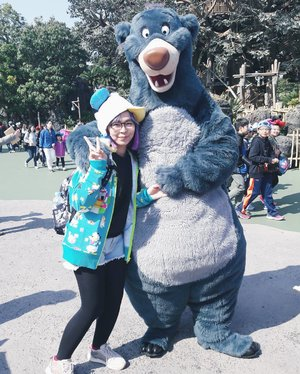 The place where you act like 5 y.o and nobody cares 😆😂 . . . #clozetteid #tokyodisneyland #baloo #thejunglebook #disney #disneylover #japanloverme #ggrep #japan #japantravel #BigDreamerInJapan #travelblogger