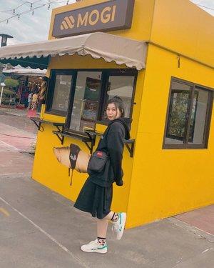 Wontstopwearingblack #japobsOOTD . . . #clozetteid #ootdindo #outfitinspo #outfitoftheday #ootdbloggers #오오티디 #今日の服 #今日のコーデ  #コーデ