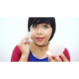 #Love4Indonesia Menurut gw adalah dengan menggunakan produk produk made-in-Indonesia, contohnya kosmetik buatan dalam negeri sendiri 💅💄😘❤️ #Love4Indonesia #Indonesia #FimelaFest #fimelafest2015 #clozetteid #selfie  #love #cinta @fimeladotcom  #selca #selfie #new #tbt #cintaindonesia #madeinindonesia #produkindonesia Bare With Me 👉 @eminacosmetics , Blush On 👉 @makeoverid , Lip  Balm 👉 @khalisaindonesia #eminaplayground #beautybeyondrules #khalisalipcare