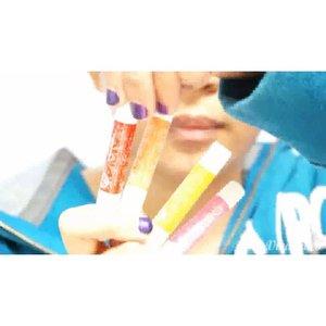 [PRESS PLAY] Scrub bibir kamu minimal 1X seminggu untuk mengangkat sel kulit mati di bibir, agar bibir kamu tetap lembab dan gak kering. Cara pakai scrub, pakai lipbalm @khalisaindonesia Pure Vanilla Honey 👉 Lalu scrub bibir dengan gerakan memutar 👉 Bersihkan dengan tissue atau kapas yang sudah dibasahi dengan air 👉 Aplikasikan @khalisaindonesia Red Cherry Peppermint untuk hasil akhir bibir lembab dan senyum yang tulus 😘 . Baca full review nya disini ya :  http://www.beautyasti1.com/2015/09/khalisa-lip-balm-lembabkan-dan-warnai.html ❤️❤️❤️ #clozetteid #selca #selfie #kawaii #ulzzang #gyaru #makeup #beauty #beautyblogger #lips #lipfie #potd #fotd #indonesia #beautyboundasia @beautyboundasia #indobeautygram @indobeautygram #motdindo @motd.indo #indovidgram  #1minutemakeup #makeupvideo #khalisablogcompetition  #beautyvlogger  #vlogger  #indobeautyvlogger #beautybloggerindonesia #beautyvloggerindonesia #makeuptutorial  #tutorialmakeupvideo #Khalisalipcare  #lipscrub