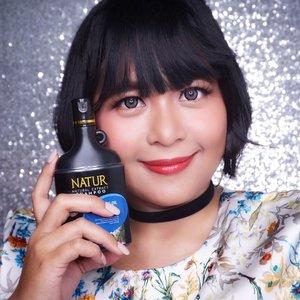 I'm back to rambut pendek gaess karena rambut ku ketombean dan rontok. Sekalian juga ku beralih ke shampoo Natur Tea Tree Oil yang bikin ketombe berkurang dan bikin kulit kepala ku jadi enteng bin semriwing, itu penting banget. First impression pakai shampoo ini sudah up di blog beautyasti1. com . . . #clozetteid #backtonatur #natur #shampoo #teatreeoil #beautyrev1