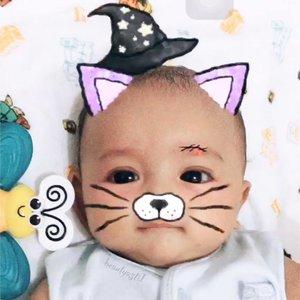 Yang iseng malah mommy nya, bukan papa nya 😂😅 .. Baby Lim is so cute~ . . Happy mom, Happy baby~ .. #justbaby #baby #babies #newborn #instababy #kids  #happy #smile  #bebe #babyboy #boy #cutebaby #cute  #mrsmiley  #mybaby #handsome  #mommy  #happybaby #iphone6plus #mommylim #babylim  #babysitting  #bayi  #handsome #clozetteid #blue #cuteboy #6monthsold #babywizard  #funnybaby