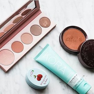 Wow love this organic makeup.. Repost @nourishedlife #beautyblogger #dugongss #sfs #beauty #makeup #korean #repost #followforfollow #clozetteid #clozette #dailypost #clozettedaily #vegan #cosmetics