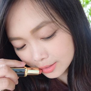 Have you check out my blog for the swatches of #LorealxBalmain lipstick yet? Link on bio! And which one your fave shade? 💄 #invinciblyworthit #couture #couturetribe #tgif • • • • • #loreal #lorealmakeup #lorealparis #getthelookid #balmain #balmainparis #beauty #blogger #bblogger #clozetteid #clozetter #beautiesID #indobeautygram #beautybloggers #beautybloggerID #indonesianblogger #indonesianbeautyblogger #instagood #mommysblogger