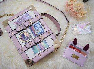 Pink is always a good idea.. 💞 • • • • • #calini #aldo #aldobag #aldoshoes #flazz #flazzbca #flazzhellokitty #cardholder #rabbitcardholder #indonesian_blogger #indonesianblogger #clozetteid #clozetter #instalike #instagood #fashion #blogger #fashionblogger #fblogger #fashiondiary #aiachanfashionjournal #mommysblogger