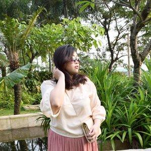 Coachella Vibe 🌴🌞 • • • #coachella2017 #coachella #chella #ootd #potd #lookbook #ootdindo #lookbookindonesia #lookbookindo #indonesian_blogger #indonesiancurvyblogger #chictopiastyle #looksootd #ootdholic #outfithariini #ootdjourney #clozetteid #clozetter #COTW #instalike #outfit #inspiration #fashion #blogger #fashionblogger #fblogger #fashiondiary #dyantara #dyantarastyle #aiachanfashionjournal