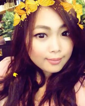 Butterfly everywhere 👑 Happy Sunday to you all! 💝 • • • #butterfly #selfie #selcà #snapchat #filter #filteroftheday #indonesian_blogger #indonesiancurvyblogger #clozetteid #clozetter #inspiration #instalike #instagood #fashion #blogger #fashionblogger #fblogger #fashiondiary #beauty #beautyblogger #bblogger #beautiesID #indobeautygram #beautybloggerID #indonesianblogger #instabeauty #aiachanbeautyjournal