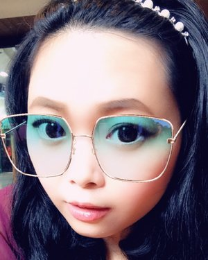 Happy Independence Day! 🇲🇨 And happy weekend! 😎 • • • • • #selfie #snapselfie #snapchatfilters #snapfilters #filters #classic #classicstyle #classy #classygirl #oldfashioned #dailymakeup #makeup #beauty #blogger #bblogger #clozetteid #clozetter #beautiesID #indobeautygram #beautybloggers #beautybloggerID #indonesianblogger #indonesianbeautyblogger #instagood #mommysblogger