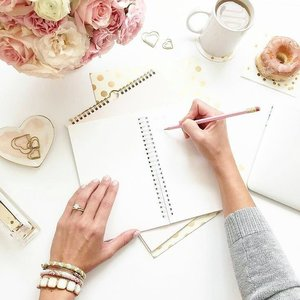 Let's start again! But first, to-do-list 📝 - 📷 @perempuanpunyakarya