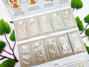 Kayak kemasan vitamin ? Bukan. Ini itu peeling gel, lebih tepatnya Water Based Peeling. Peeling ini dari @v10plus_indonesia 🌿 V10 Plus adalah brand skincare dari Japan. Peeling ini punya banyak manfaat, misal mengangkat sel-sel kulit mati dan membantu meregenerasi sel kulit. Masih banyak manfaatnya lho! . Gimana performanya di kulit aku yang cenderung combinasi & acne prone ? Baca reviewnya di bit.ly/v10plus-liana . #v10plus #v10plusindonesia #Skincare #peeling #peelinggel #Acneprone #clozetteid #clozette #indonesiabeautyblogger #beautiesquad #bloggerperempuan #bloggerindonesia #indonesiafemaleblogger #beautybloggerid #beautyblogger #lianaekacom #lianaekaXv10plus