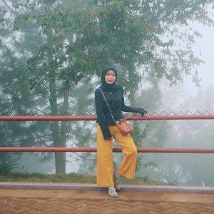 Cuaca nya dingin kek sifat km.#clozetteid #malanghits #exploremalang #malanghitz #malangmbois #batumalang #malangbatu