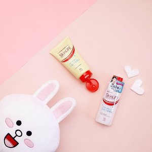 Tuesday Skincare Tips - Keep oily hair away from your skin - Try to avoid touching the face - Wash your face 2 times a day with Skin Life Cleansing Foam - Don't squeeze your pimples, just take care with Skin Life Face Lotion #loveskinlife @cowstyleid  #clozetteid #skincare . . . . #POTD #Photooftheday #pictureoftheday #Artwork #photograph #artgallery #artofvisuals #lifestyle #lifestyleblogger #photography #fotografia #photographer #flatlay #photographers #photographie #lifestyleblogger #fotografie #blogger #beautyblog #pink #beautyblogger #endorse #japan #flatlays