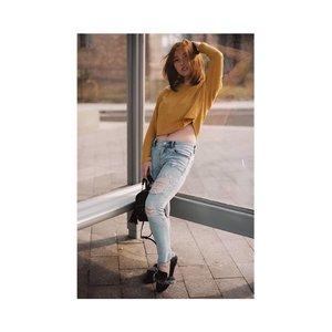 Sweater Weather 📷 @samseite 👖 @nikijeans 👞 @eveseitch_id . . . . . . . #ootd #fashion #style #outfit #fashionista #outfitoftheday #fashionblogger #fashiongram #fashionstyle #instafashion #hijabers #love #clothes #gamis #instagood #dress #moda #instastyle #fashionaddict #lookoftheday #lookbook #bajumuslim #fashionblog #womensfashion #styleoftheday #streetstyle #whatiwore #clozetteid