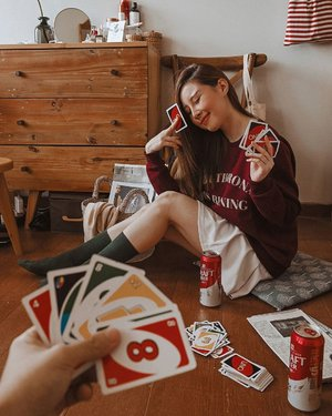 you never really know someone until you play UNO with em and they hit u with a draw four 😝 masih perpotoan di rumah aja nih, inspo fr pinterest......#ClozetteID #lookbookindonesia#jktspot @jkt.spot #ootdindo #OOTD