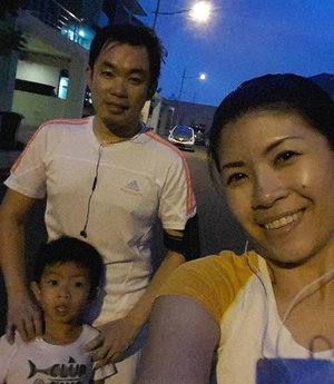 Late afternoon exercise with mi familia 💪💪 The boy ran for 1.7km before he finally gave up and went home. Proud of you kiddo! #happy #grateful #fitness #running #family #love #forabetterme #clozetteid