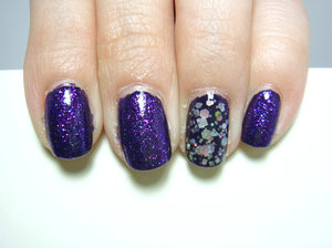Christmas Eve nails, inspired by my Church's decoration. NCLA Mulholland Maneater as base for all, with Cirque Queen Majesty as glitter topper. On accent nail, topped with Cirque Lullaby.