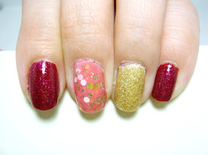 Not so Christmas-obvious. Point and pinky: Essie Limited Addiction layered with NCLA West Hollywood IT-Girl. Middle: Models Own Soda Pop Pink layered with Cirque Fleur Est Belle. Ring: Essie Blanc with Cirque Helios.