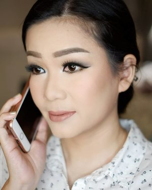 Makeup for ce @julyamelani @julyamelani_brpi  Makeup by @shelleymuc @shelleyssebastian HairDo by @nandazaenal  #makeup #beauty #shelleymuc #surabaya #makeupartist #mua #shelleymakeupcreation #beforeafter #clozetteID #makeover #muasurabaya #muaindonesia #hairdo #soft #softmakeup #beautifulgirl #softsmokey #glammakeup #glamourmakeup #makeupartistsurabaya #surabayamakeupartist #correctivemakeup