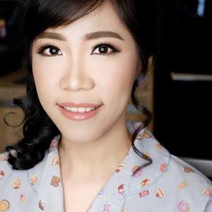 Soft Makeup for Bridesmaid  Makeup by @shelleymuc @shelleyssebastian HairDo by @cyndheedoramua  #makeup #beauty #shelleymuc #surabaya #makeupartist #mua #shelleymakeupcreation #beforeafter #clozetteID #makeover #muasurabaya #muaindonesia #hairdo #soft #softmakeup #beautifulgirl #softsmokey #glammakeup #glamourmakeup #makeupartistsurabaya #surabayamakeupartist #correctivemakeup
