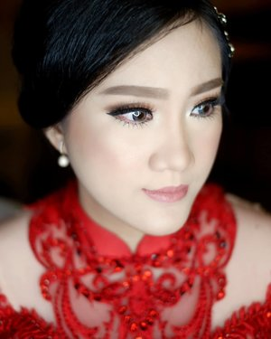 Sister of bride  #makeup #beauty #shelleymuc #surabaya #makeupartist #mua #shelleymakeupcreation #beforeafter #clozetteID #makeover #muasurabaya #muaindonesia #hairdo #soft #softmakeup #beautifulgirl #softsmokey #glammakeup #glamourmakeup #makeupartistsurabaya #surabayamakeupartist #correctivemakeup