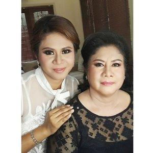 Ce Hanna and Mom  Makeup by @shelleymuc  HairDo by @birgita_inge84  #makeup #beauty #shelleymuc #surabaya #makeupartist #mua #shelleymakeupcreation #beforeafter #clozetteID #makeover #muasurabaya #muaindonesia #InstaSize
