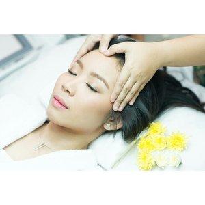 Soft makeup for @diankartikasarii  Makeup and HairDo by @shelleymuc  #makeup #makeover #beauty #shelleymuc #surabaya #makeupartist #mua #shelleymakeupcreation #beforeafter #clozetteID #makeover #muasurabaya #muaindonesia #hairdo #soft #softmakeup #InstaSize