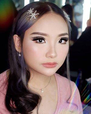 Thematic Makeup for @carmensamantha  Makeup by @shelleymuc @shelleyssebastian HairDo by @stylist85 Style by @hiiratchet Ringlight @cathiestuff.id   #ArtisanPro4ANS #addDIFFERENTcolors  #makeup #beauty #shelleymuc #surabaya #makeupartist #mua #shelleymakeupcreation #beforeafter #clozetteID #makeover #muasurabaya #muaindonesia #hairdo #soft #softmakeup #beautifulgirl  #makeupartistsurabaya #surabayamakeupartist #correctivemakeup #monolid #monolidmakeup